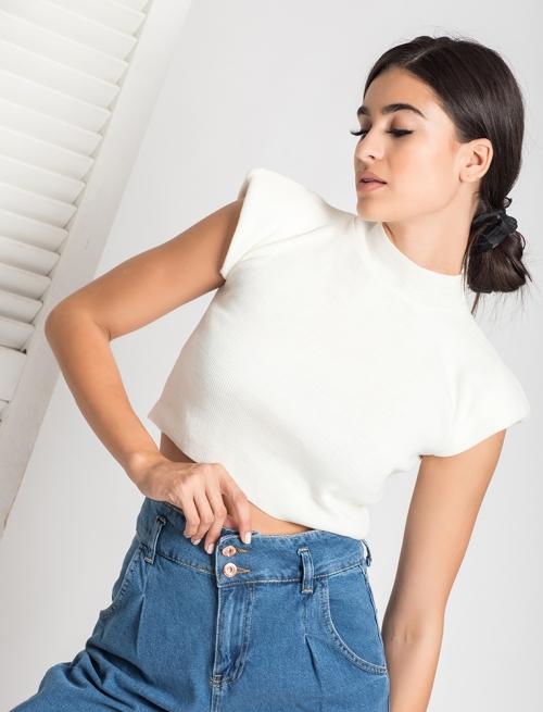 Πλεκτή Μπλούζα Με Βάτα Άσπρη